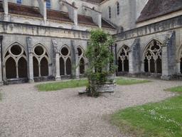 Abbaye de Noirlac (Cher) | DIRECTION REGIONALE DE L'ENVIRONNEMENT, DE L'AMENAGEMENT ET DU LOGEMENT CENTRE-VAL DE LOIRE