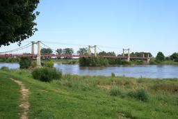 Meung-sur-Loire (45-Loiret) : le pont | DIRECTION REGIONALE DE L'ENVIRONNEMENT, DE L'AMENAGEMENT ET DU LOGEMENT CENTRE-VAL DE LOIRE