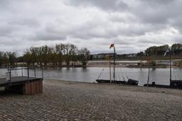 Quais de Loire à Orléans | DIRECTION REGIONALE DE L'ENVIRONNEMENT, DE L'AMENAGEMENT ET DU LOGEMENT CENTRE-VAL DE LOIRE