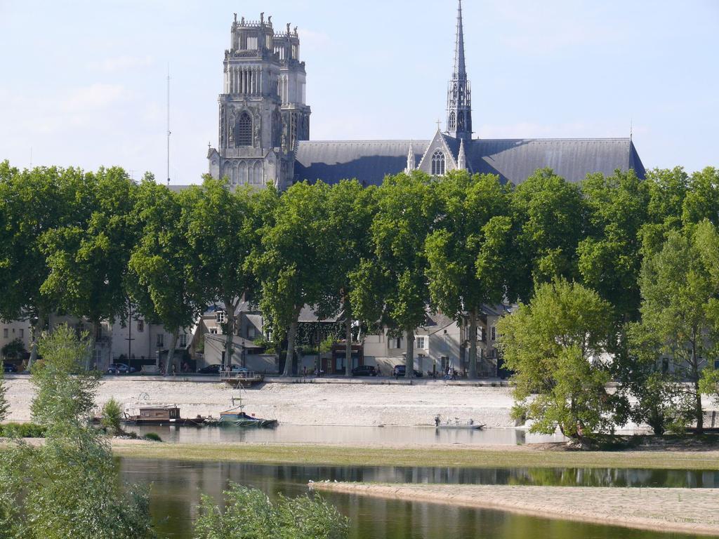 La cathédrale d'Orléans (Loiret) | DIRECTION REGIONALE DE L'ENVIRONNEMENT, DE L'AMENAGEMENT ET DU LOGEMENT CENTRE-VAL DE LOIRE