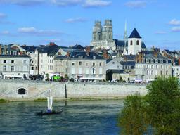 Les quais de Loire (Orléans) | DIRECTION REGIONALE DE L'ENVIRONNEMENT, DE L'AMENAGEMENT ET DU LOGEMENT CENTRE-VAL DE LOIRE