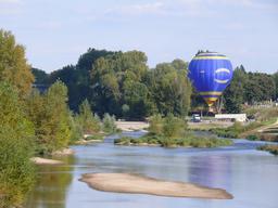 Vol au dessus de la Loire | DIRECTION REGIONALE DE L'ENVIRONNEMENT, DE L'AMENAGEMENT ET DU LOGEMENT CENTRE-VAL DE LOIRE