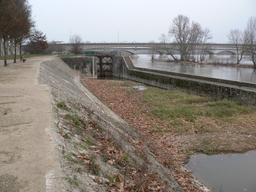 Quais de Loire à Orléans (Loiret) | DIRECTION REGIONALE DE L'ENVIRONNEMENT, DE L'AMENAGEMENT ET DU LOGEMENT CENTRE-VAL DE LOIRE