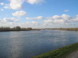 La Loire | DIRECTION REGIONALE DE L'ENVIRONNEMENT, DE L'AMENAGEMENT ET DU LOGEMENT CENTRE-VAL DE LOIRE