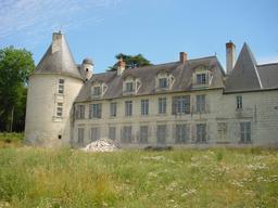Monthou-sur-Cher (41-Loir-et-Cher) - Vue sur le château du Gué-Péan | DIRECTION REGIONALE DE L'ENVIRONNEMENT, DE L'AMENAGEMENT ET DU LOGEMENT CENTRE-VAL DE LOIRE