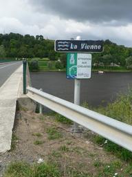 La Loire à vélo à Candes-Saint-Martin (37) | DIRECTION REGIONALE DE L'ENVIRONNEMENT, DE L'AMENAGEMENT ET DU LOGEMENT CENTRE-VAL DE LOIRE