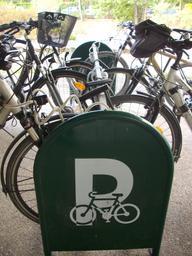 Signalisation parking à vélos - DREAL Centre-Val de Loire | GUILLEMAUT (Fabien) - DREAL Centre-Val de Loire