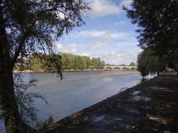 Tours : quais de Loire | DIRECTION REGIONALE DE L'ENVIRONNEMENT, DE L'AMENAGEMENT ET DU LOGEMENT CENTRE-VAL DE LOIRE