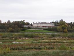 Ménars : vue sur le château (Loir-et-Cher) | SIMONNEAU (Aurore)